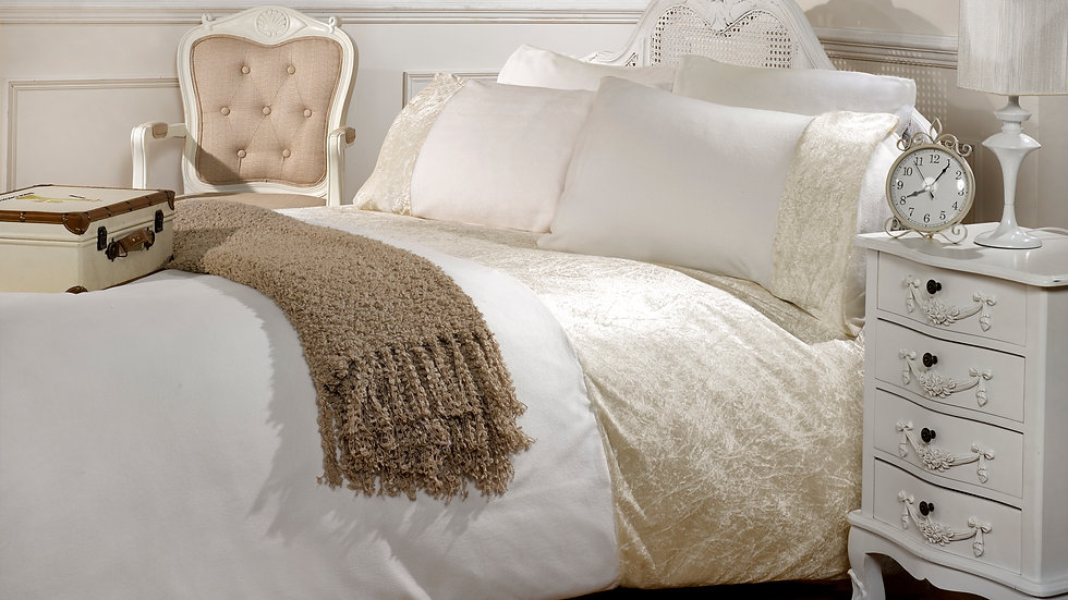 Crushed Pearl Bedding Collection