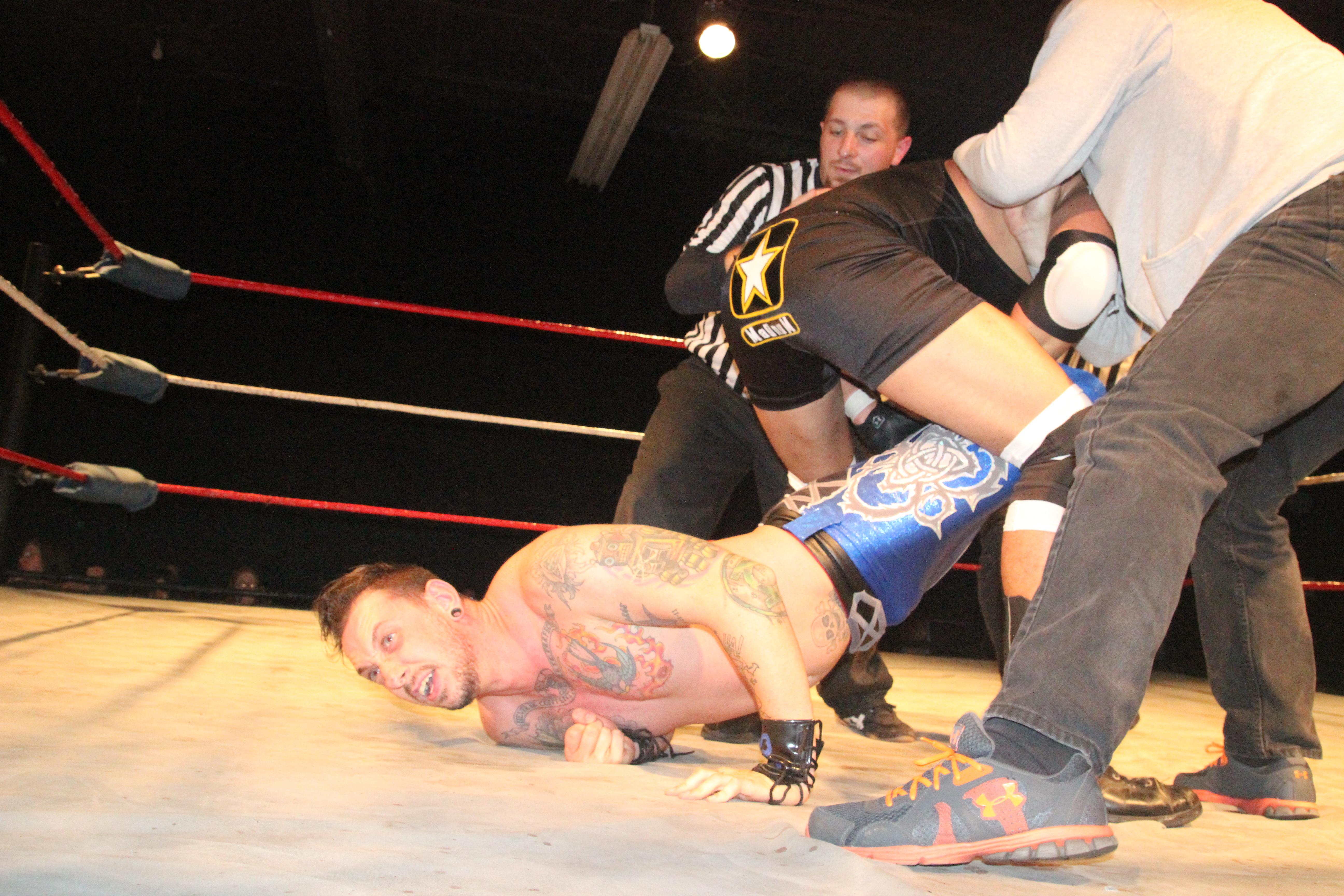 Magnum destroys Murphy before match