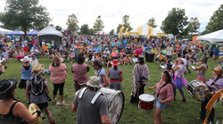 Crave food + music festival crowd