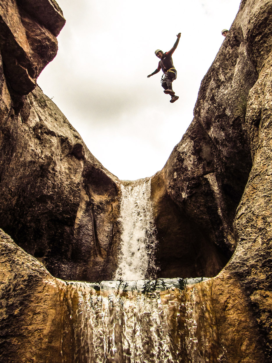 Canyon Mascun- Aguarika