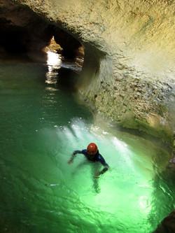 rio vero-canyoning-turquoise