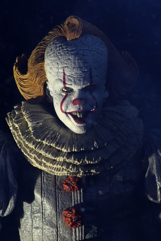 NECA Ultimate IT Chapter Two Pennywise