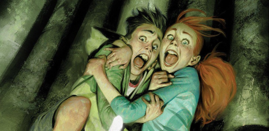 Just Beyond: The Horror At Happy Landings R.L. Stine Graphic Novel