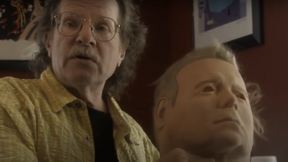 Tommy Lee Wallace Shows Exactly How He Converted  a Shatner Mask Into a Michael Myers Mask [Video]