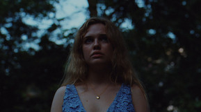 [Trailer] Odessa Young Is Pursued By 'The Giant' on November 13th