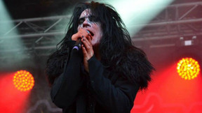 "Lizzy Borden Unleashes Cover of Ramones' ""Pet Sematary"" Ahead of New Greatest Hits Compilation"