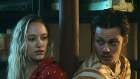 [Trailer] Maika Monroe And Bill Skarsgård Botch A Home Invasion In 'Villains'