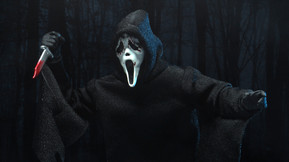 NECA's Upcoming Ultimate Ghostface Figure Comes with Four Heads and Multiple Accessories