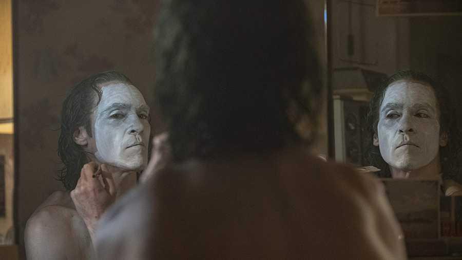 Todd Phillips Joker Review Joaquin Phoenix