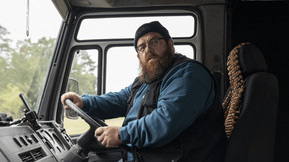 """Nick Frost and Simon Pegg Reunite in the Trailer for Amazon's """"Truth Seekers"""""""