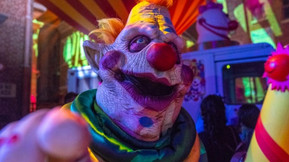 The 'Killer Klowns' Are Returning To Halloween Horror Nights With New Mazes!