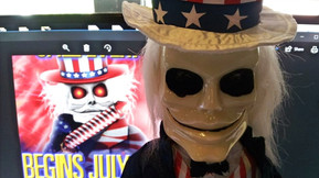 Full Moon's 4th of July Sale Features Five Days of Free Gifts