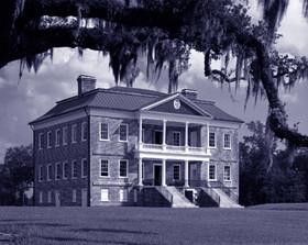 Drayton Hall a Ashley River USA