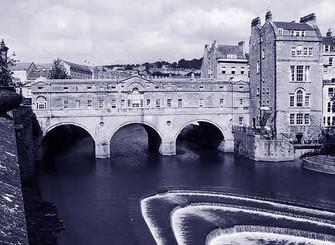 Pulteney Bridge a Bath GB