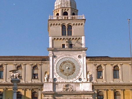 Piazza dei Signori in Padua: a must see in the city of Padua