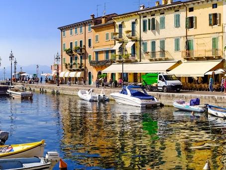 Lazise sur le lac de Garde: la beauté raffinée d'un faubourg de Garda