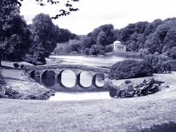 Stourhead palladian bridge a Wiltshire GB