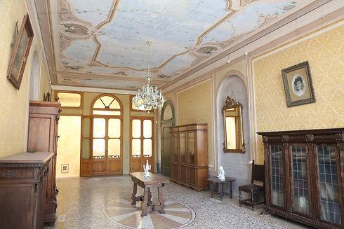 salone 1 piano 2.jpg