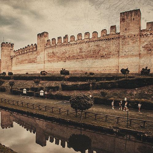 The Carraresi Walls