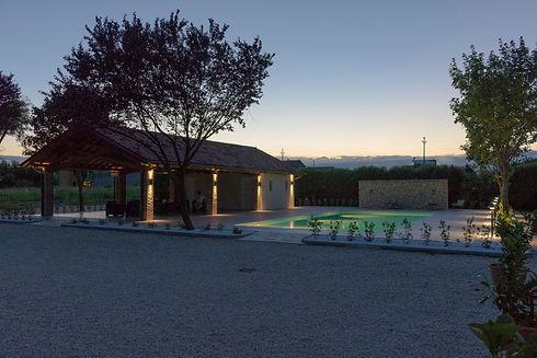 4_villa-bongiovanni-piscina02.jpg