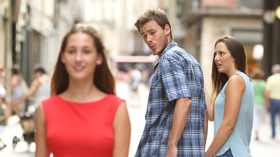 Meme of a boyfriend looking at another girl, like jealous zelotypia