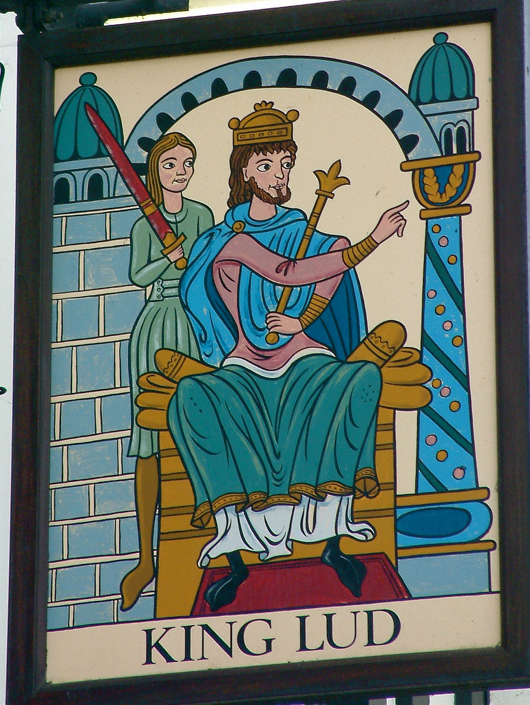 london pub sign of King Lud
