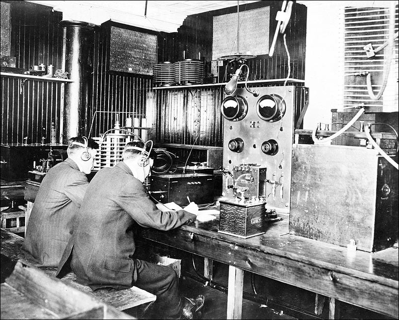 early telegraph operators using morse code