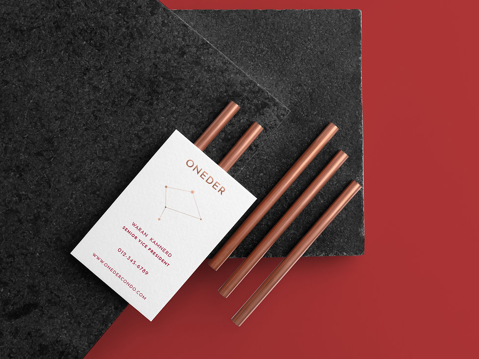 free-business card-mockup-by-mockupcloud
