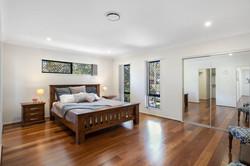 Master bedroom - built in robes