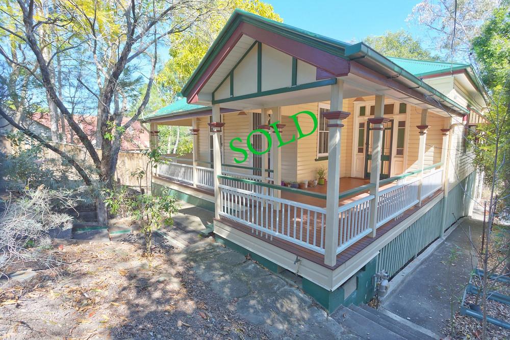 35 Fairfield Road, Fairfield - sold for $750,000