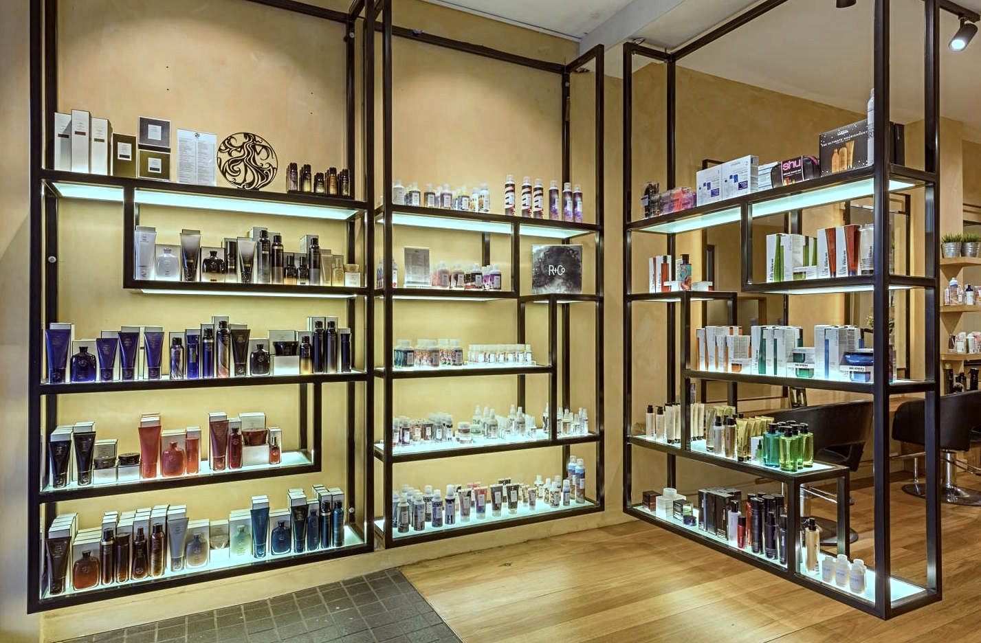 salonretail_edited