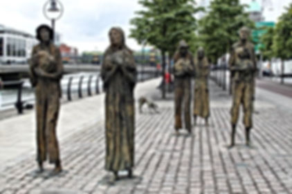 molly malone spire  dublin castle temple bar christchurch san patrizio trinity collegge