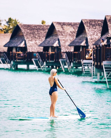 ✖ Happy hump day ✖_-_Just paddleboarding the day away at _fijimarriottresortmomibay 🐳_-_Amazing pic by my wonderful friend Laura from _islan