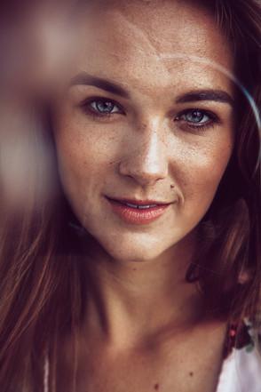 Hannah V Henderson