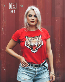 ✖ Only the Strong Survive ✖_-_Tee _charlottelaneclothing_-_💯% Organic Cotton ☁️_Zero Carbon Footprint 🌏_-_Lipstick _xobeautyshop in Limerenc