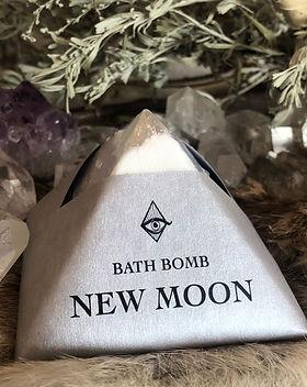New-Moon-Bath-Bomb.jpg