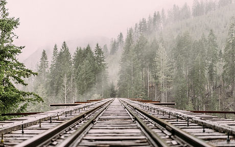 railway-1245906_1280.jpg