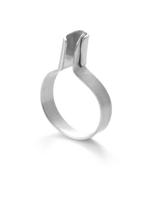 open & closeD ring 2 small silver