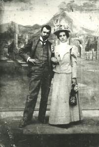 1897 - Arturo Tosi con la moglie