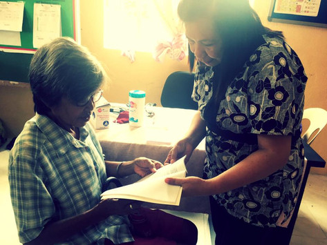 Dr. Cora Flor provided free eye exam to patients