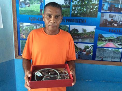 A prisoner receiving free eyeglasses