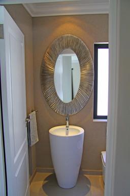 Big Bay House Bathroom