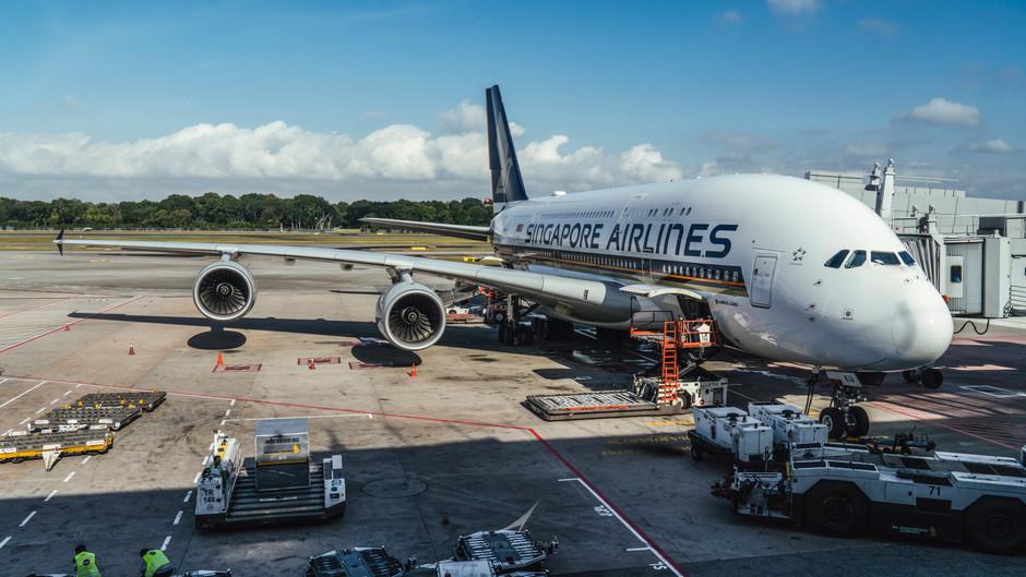 SINGAPORE AIRLINES FLIGHT 856