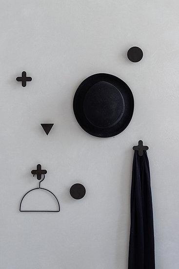 סט מתלים בצורות גאומטריות לתליית תיקים , כובעים ומגבות