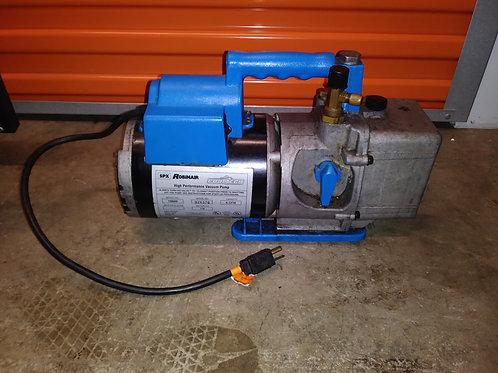 Robinair 15600 CoolTech Vacuum Pump [Older Version