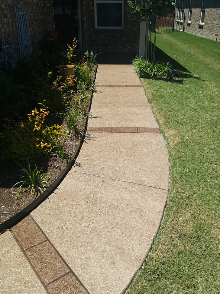 Concrete sidewalk overlay