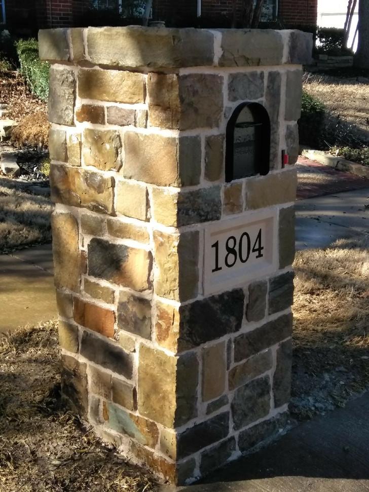 Flattop with Oklahoma dark stone and address block