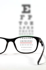 Eyes test chart with eyeglasses._edited.