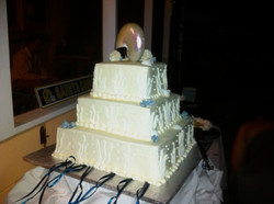 Wedding Cake at  Shadow Point