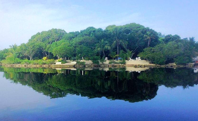 Historic Shadow Point Vacation Rental in Key Largo